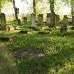 Zabytkowe cmentarze